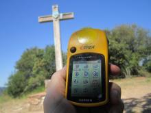 Receptor de GPS i Creu de Can Cartró